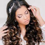 Зачіски з локонами на довге волосся